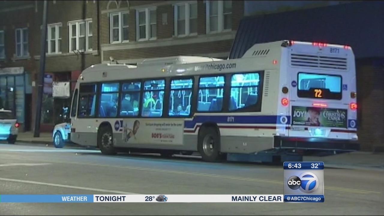 Man dies chasing CTA bus in North Austin