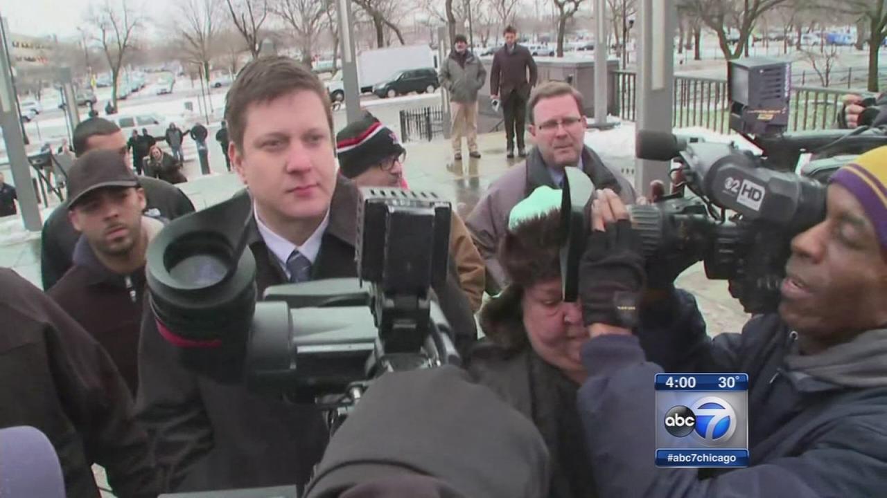 Van Dyke pleads not guilty