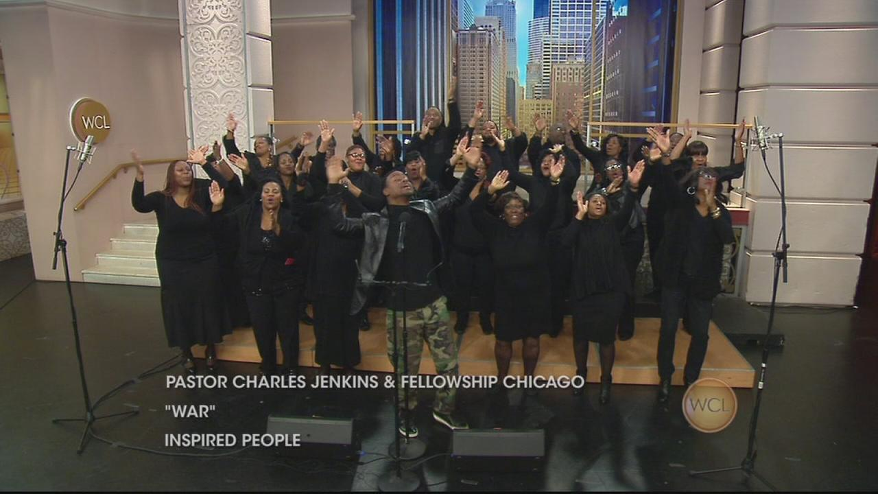 Pastor Charles Jenkins and Fellowship Chicago Perform