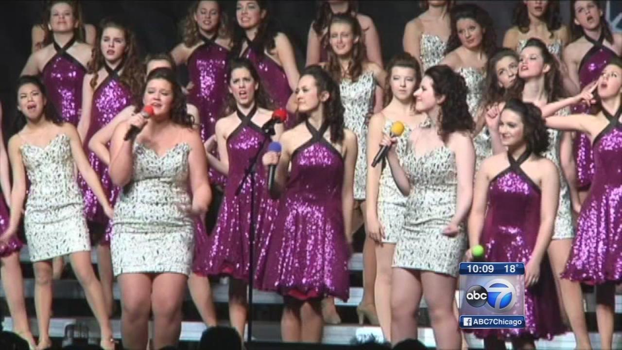Wheaton show choir wins competition after escaping bus fire