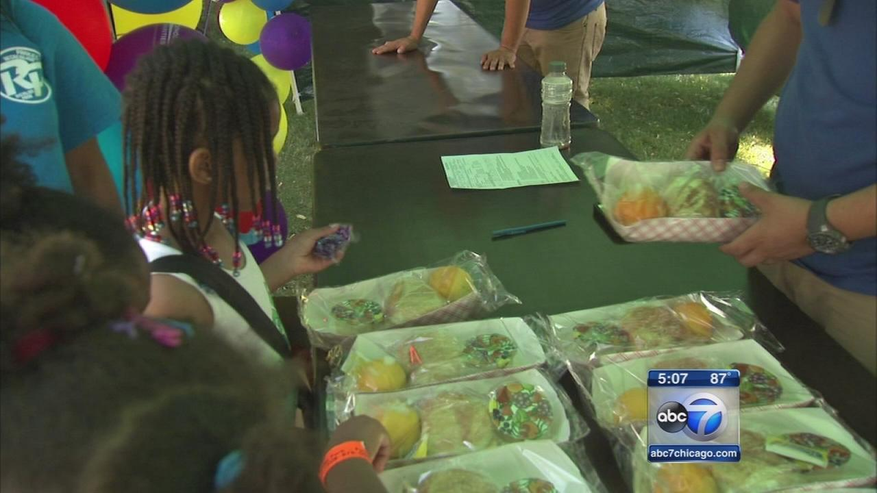 Meal program keeping Chicago?s children fed this summer.