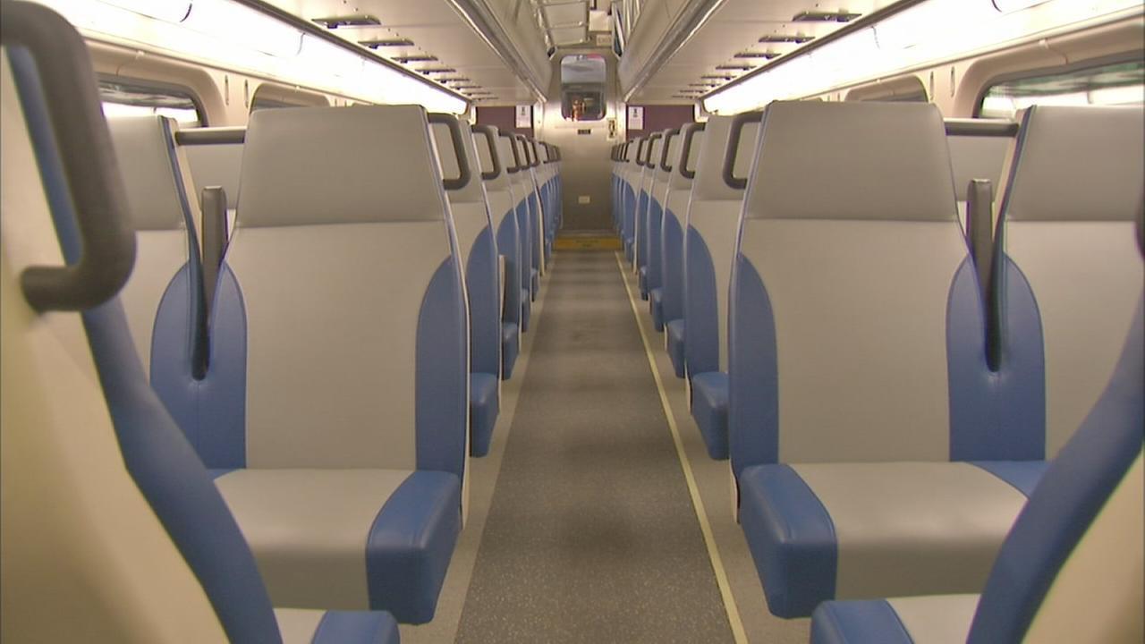 metra train cars getting new seat design. Black Bedroom Furniture Sets. Home Design Ideas