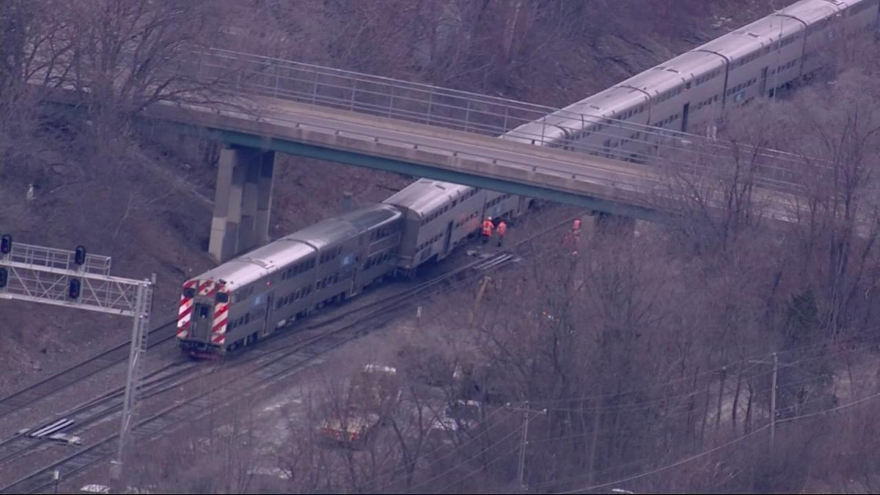Delays on Metra BNSF trains after derailment