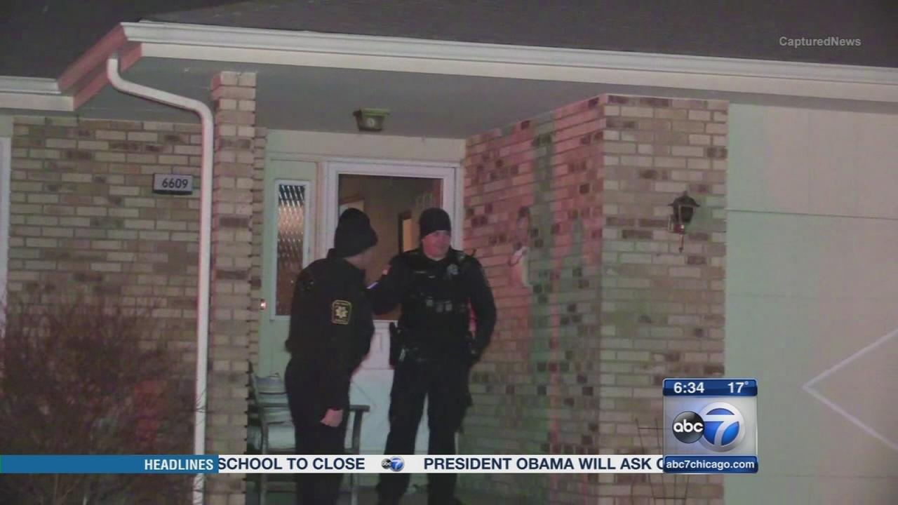 3 found dead in Oak Forest home