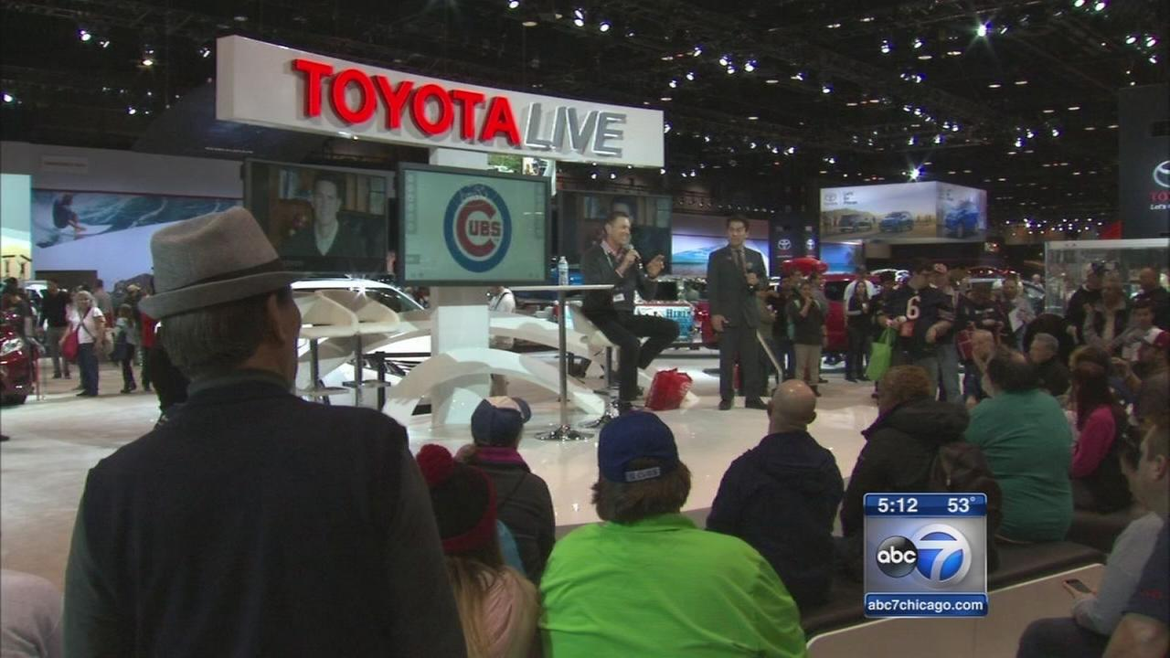 2016 Auto Show cruises through final weekend