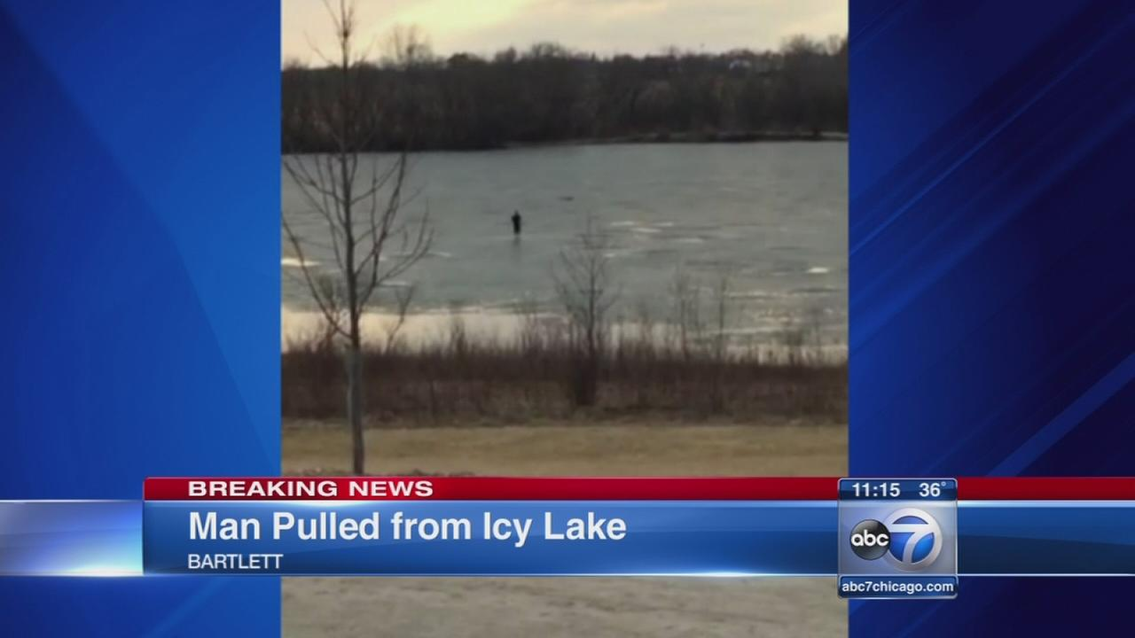 Man, 21, falls into lake in Bartlett