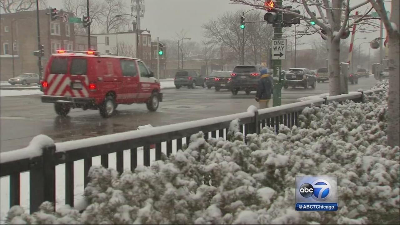 Light snow creates slick roads Thursday