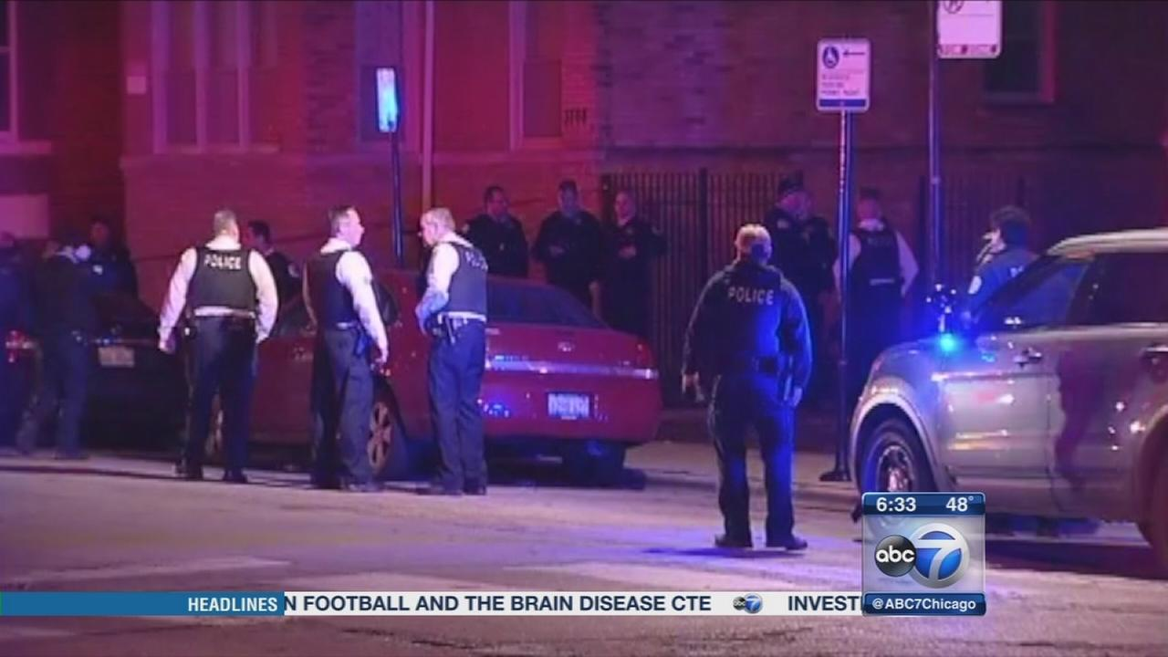 3 Chicago police officers shot on West Side