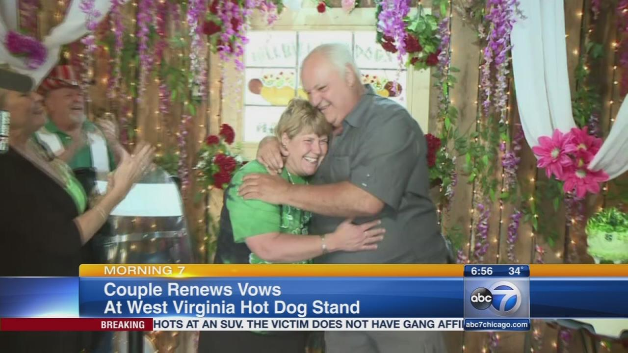 Couple renews vows at hot dog stand