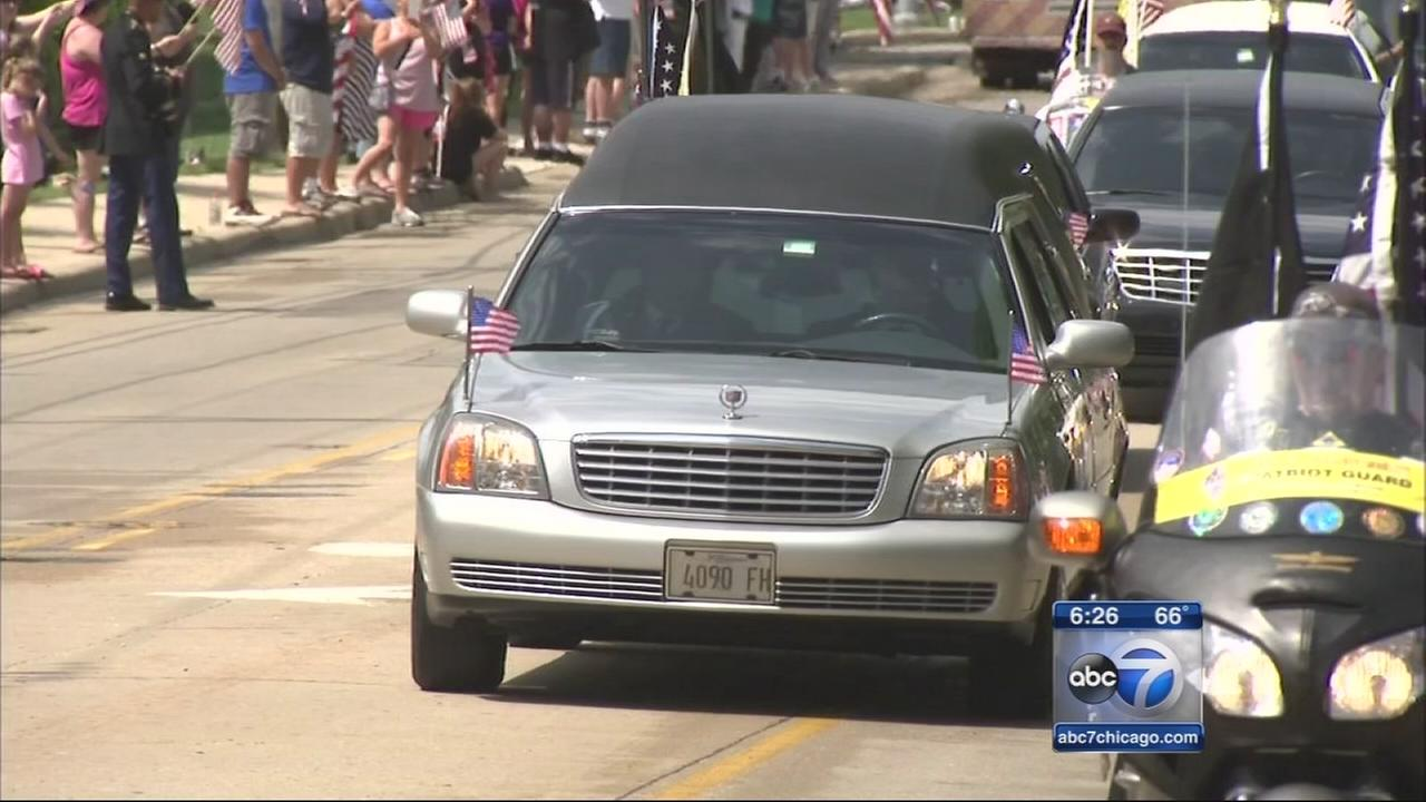 Soldier Aaron Toppens body returns home to Mokena