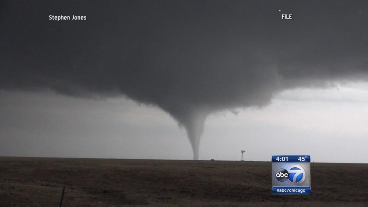 Plains states brace for tornadoes
