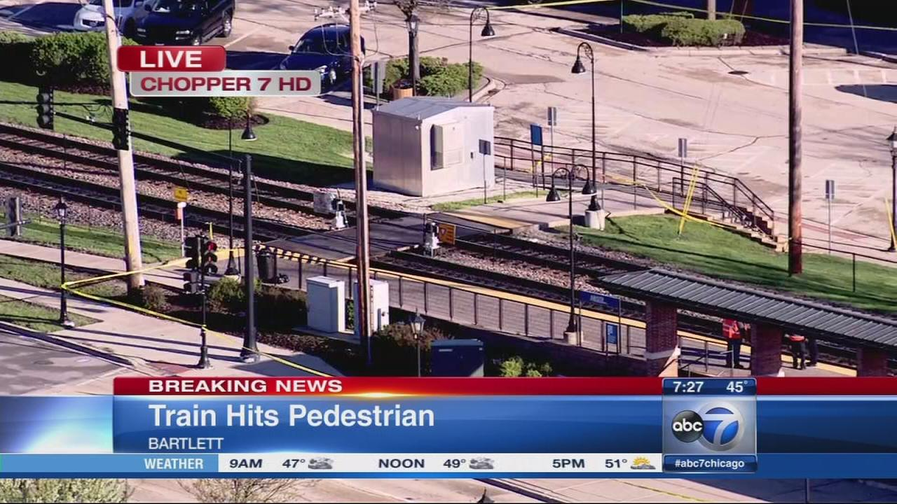 Pedestrian fatally struck by Metra train