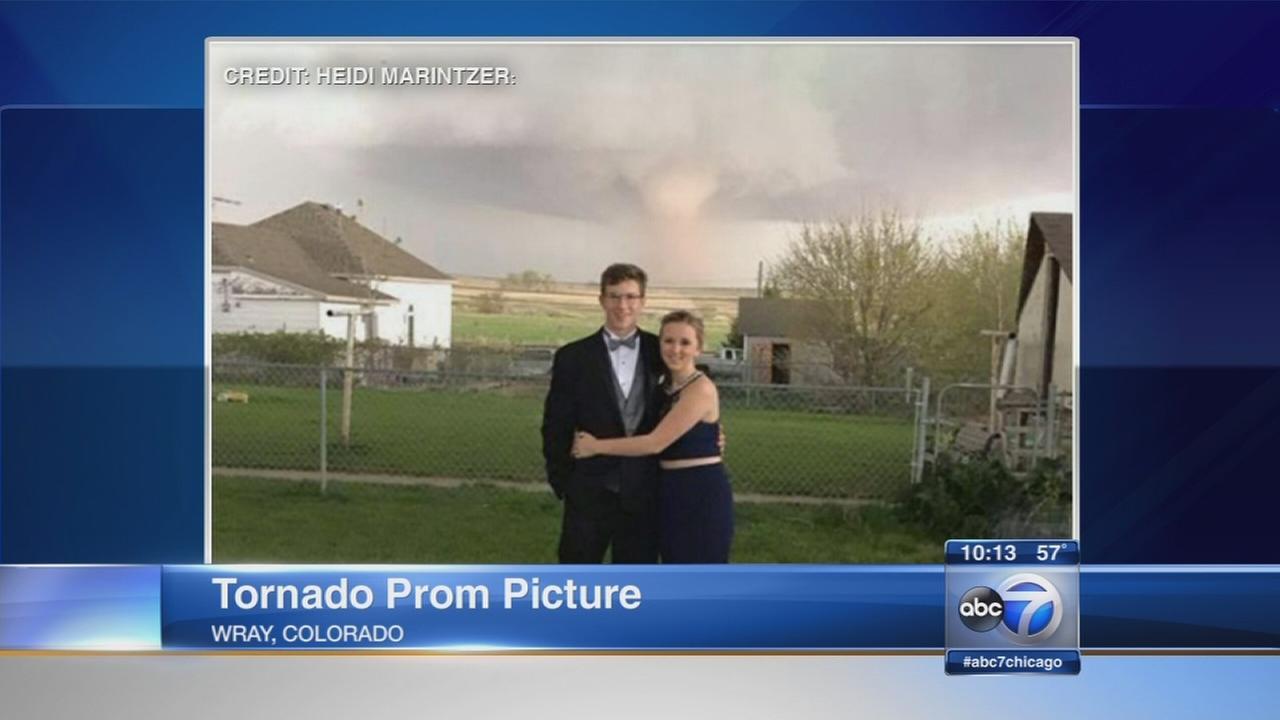 Colorado couple takes prom photo after tornado