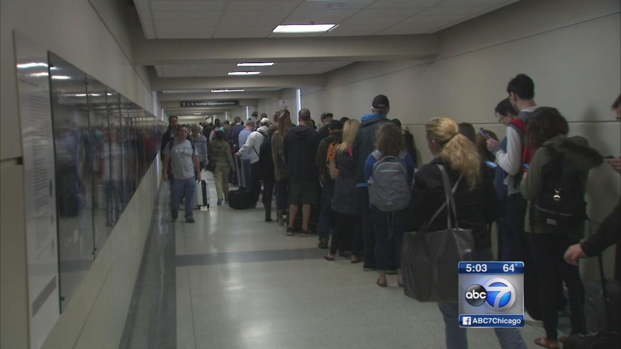 Frustration with TSA lines continues at Chicago airports