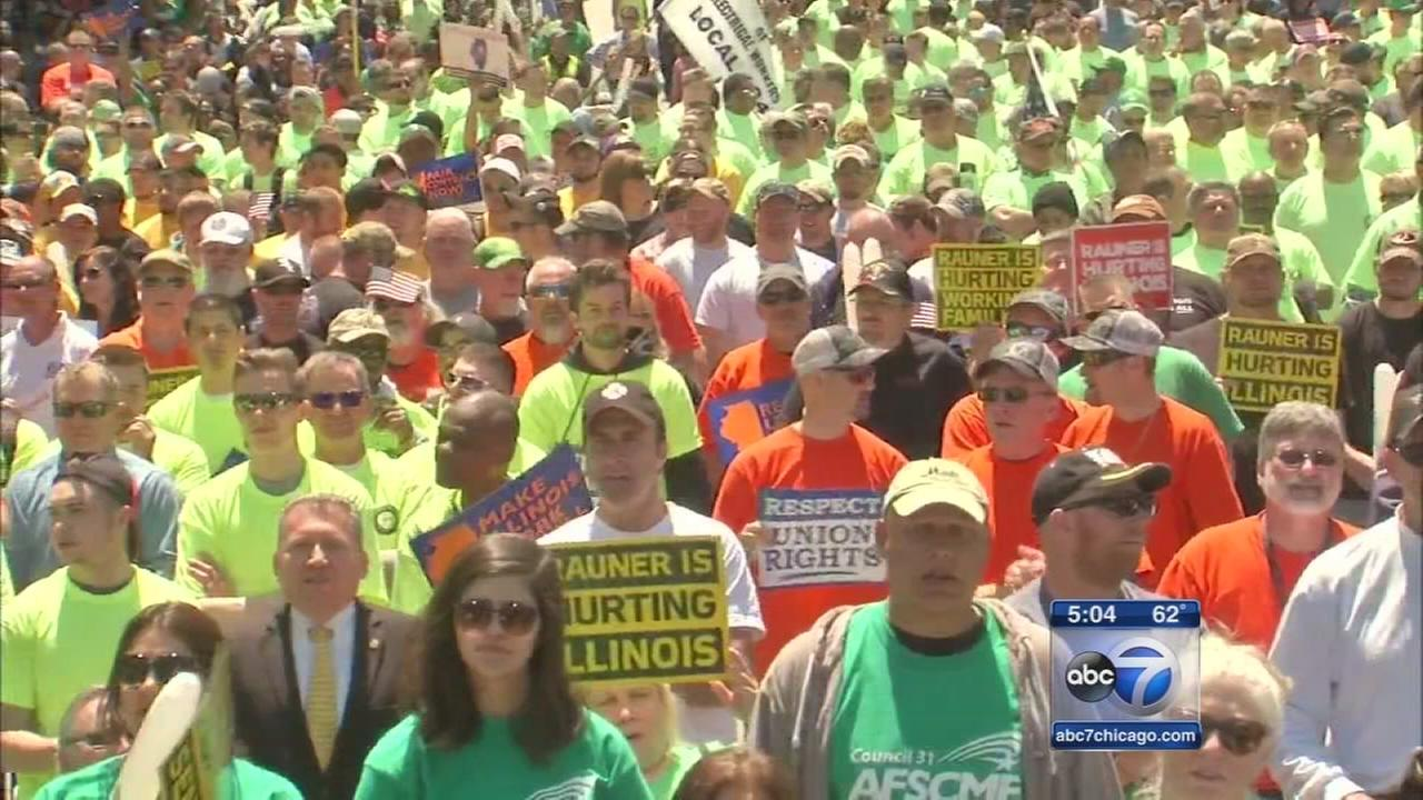 A show of union support at the Illinois capitol