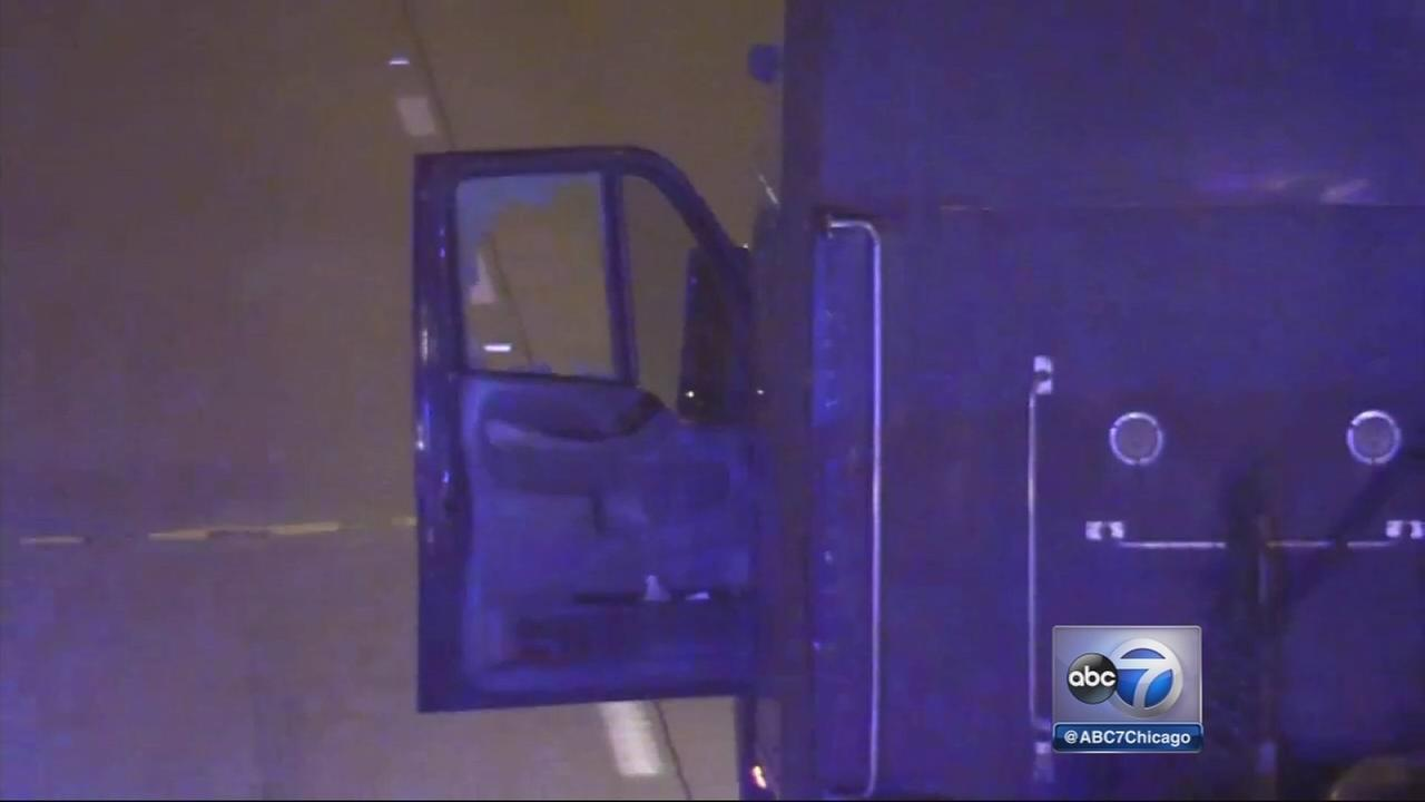 Semi driver shot on Dan Ryan