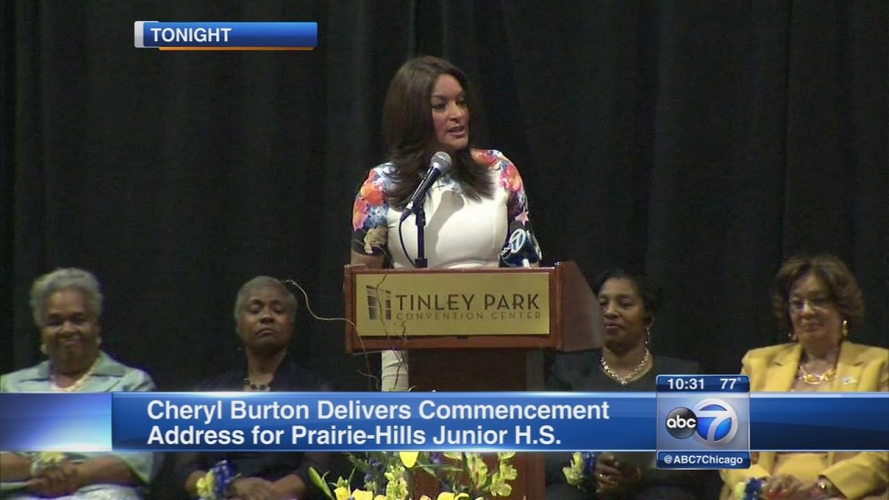 Cheryl Burton delivers commencement address