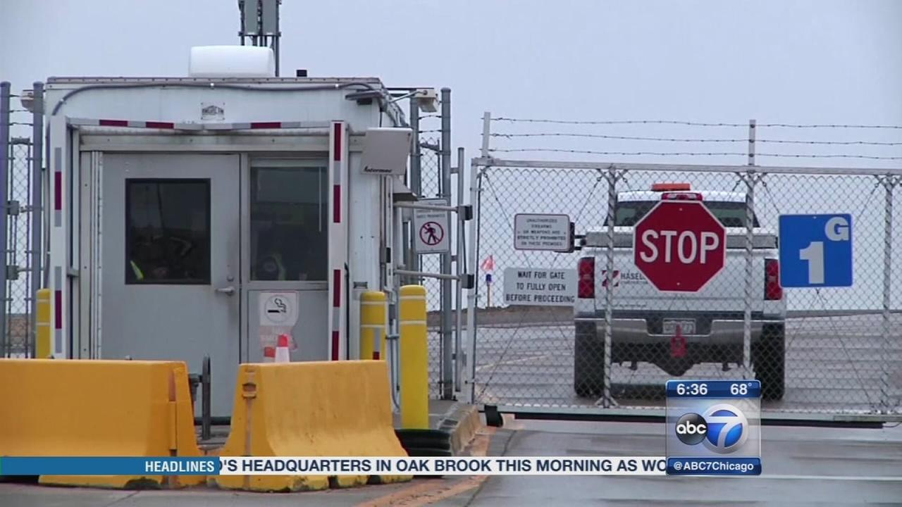 12 security fence breaches at Chicago airports