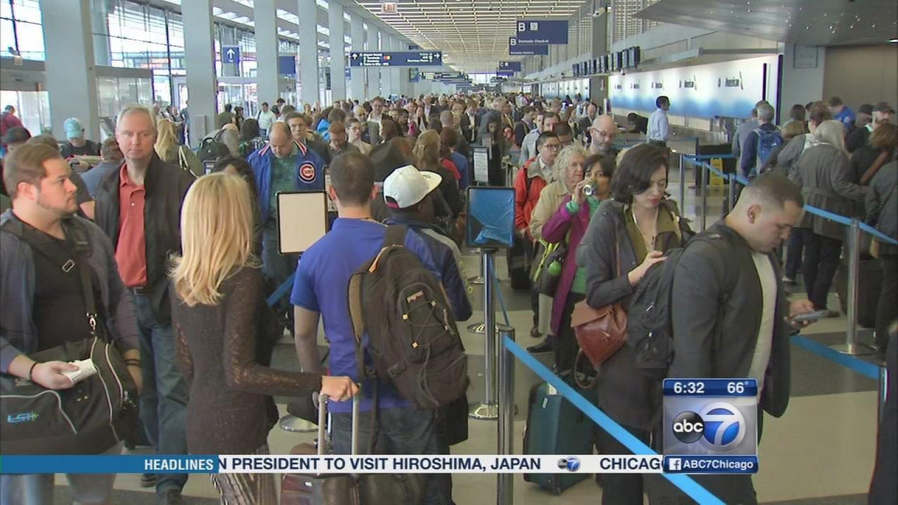 TSA lines long but moving at OHare