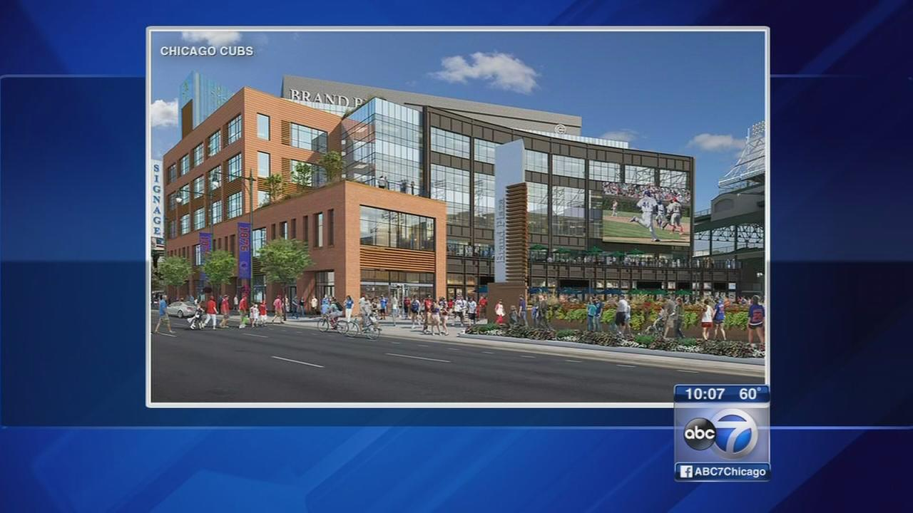 Cubs, neighbors meet about Wrigley Plaza plans
