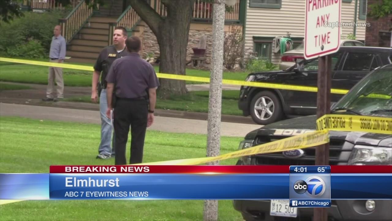 Armed robbery leads to shooting in Elmhurst