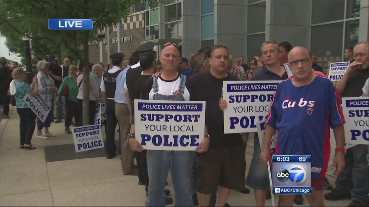 Chicago aldermen organize ?Police Lives Matter? rally