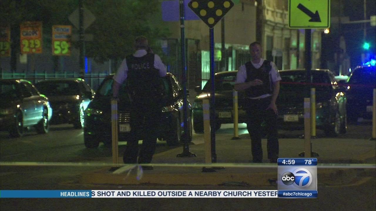 Patrol officer shoots man on NW Side