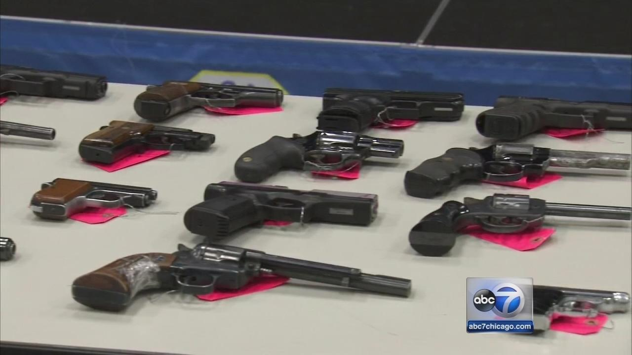 Chicago police seize nearly 100 guns