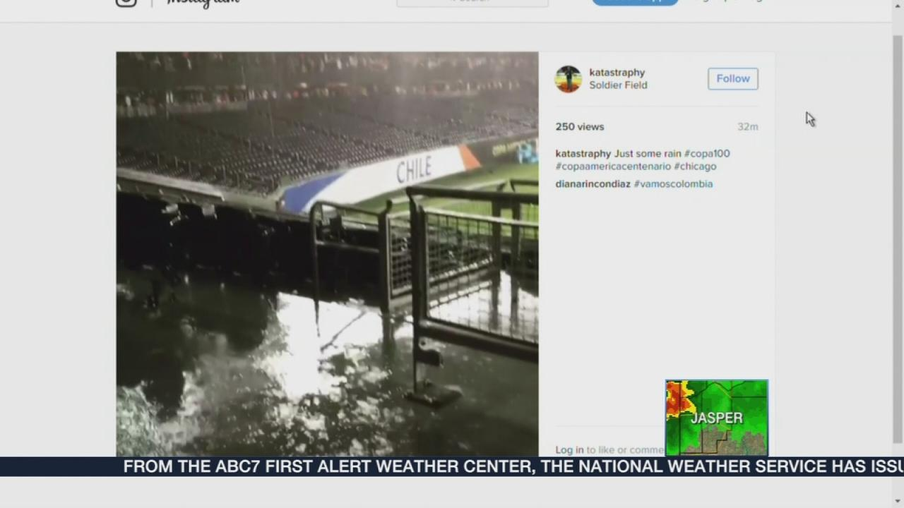 Illinois la salle county sheridan - Chicago Weather Soldier Field Navy Pier Socked By Storms Patrons Seek Shelter