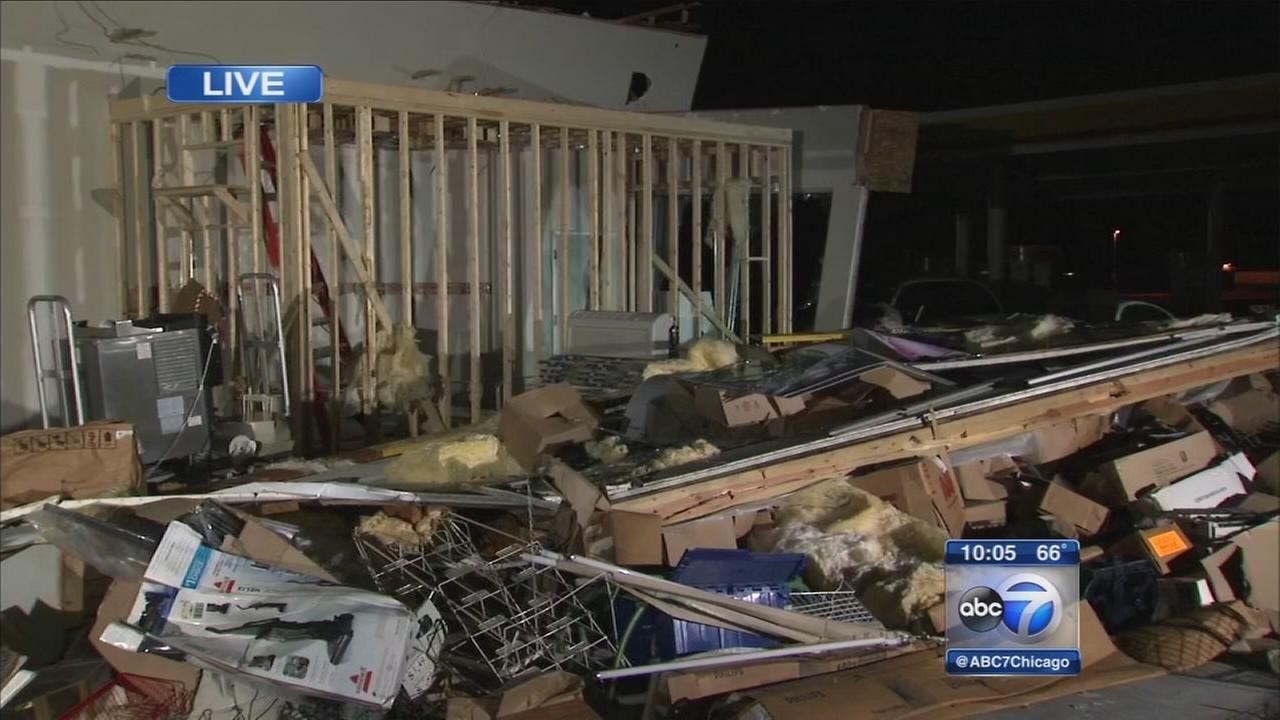 8 tornadoes confirmed in Illinois