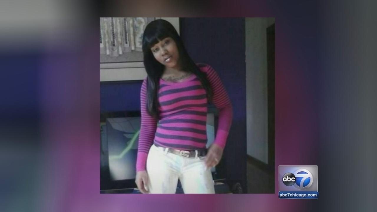 Young mother fatally stabbed on Red Line IDd