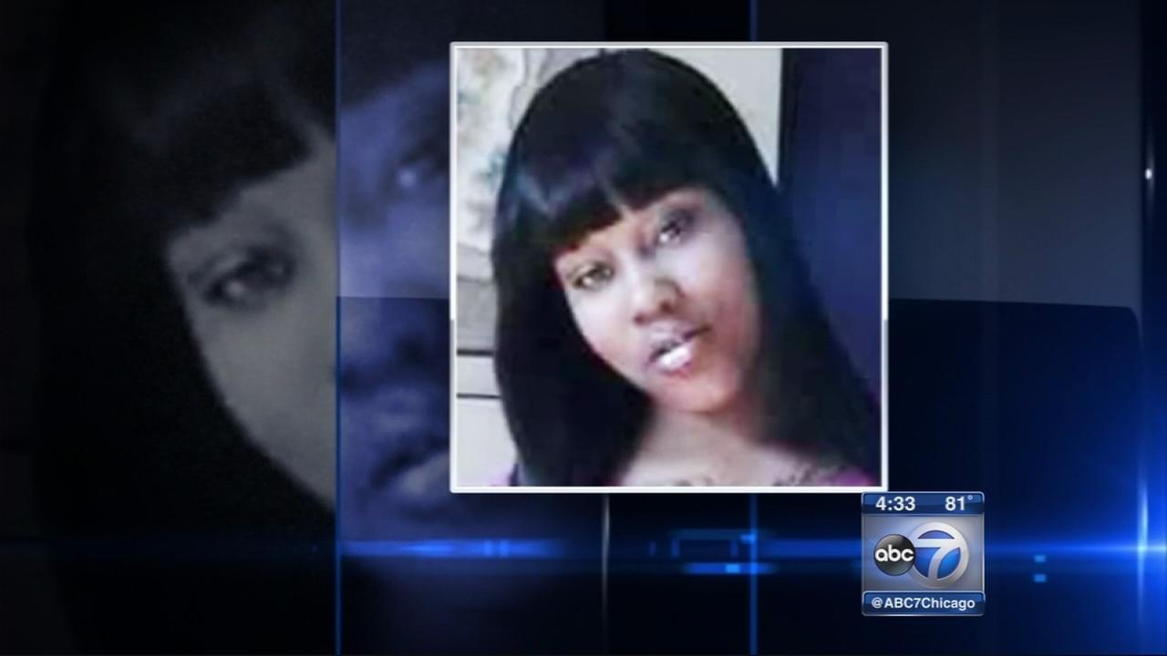Young mother fatally stabbed on CTA