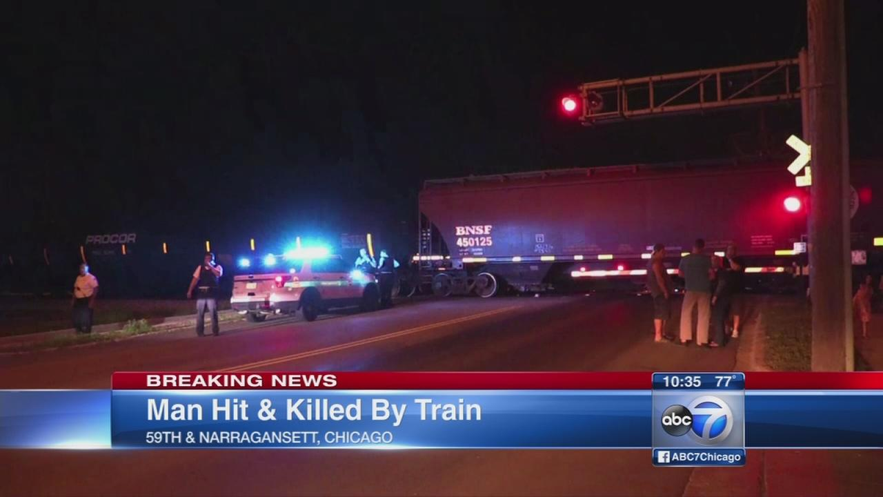 Bicyclist fatally struck by train
