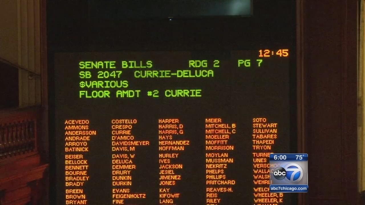 Legislators pass stopgap budget