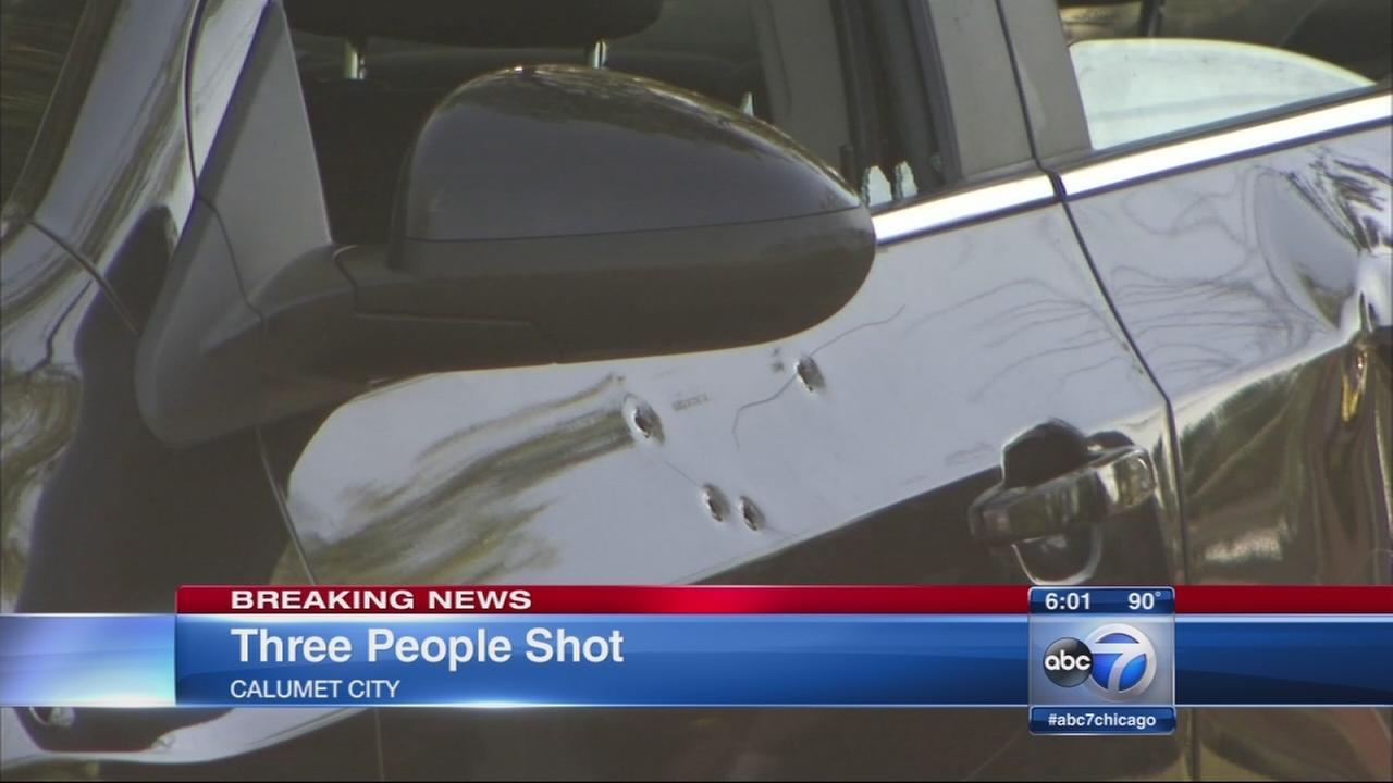 Three shot in Calumet City