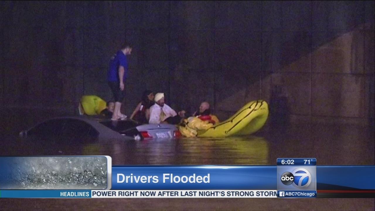 Edens expressway flooded