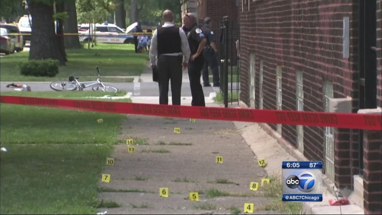 Teen killed, 2 others injured in West Side shooting