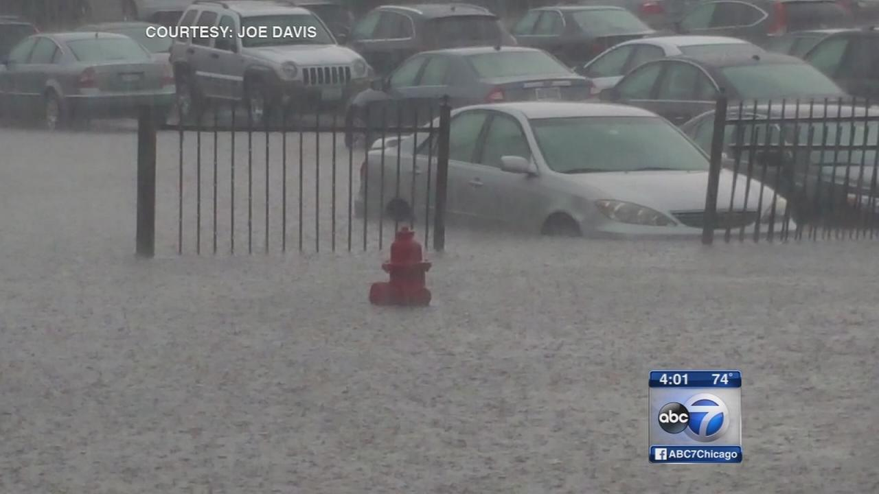 Flash flooding reported across Chicago area