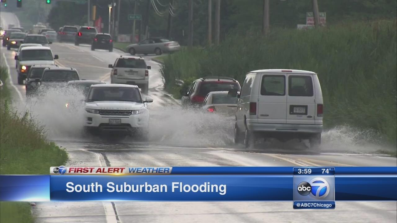 Thunderstorms bring flooding to Chicago area