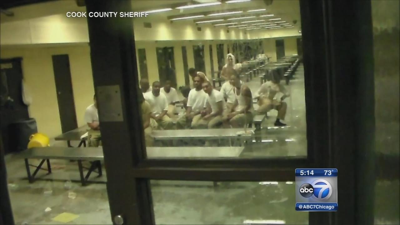 Video released of hostage situation at Cook County Jail