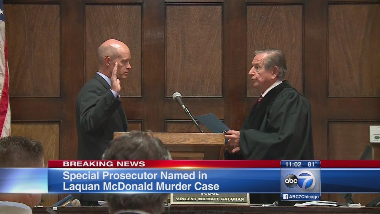 Special prosecutor sworn in