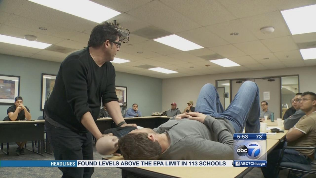 Male birthing expert helps expectant dads, moms