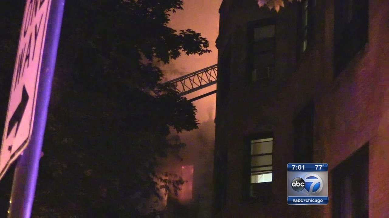 4 killed in South Chicago fire