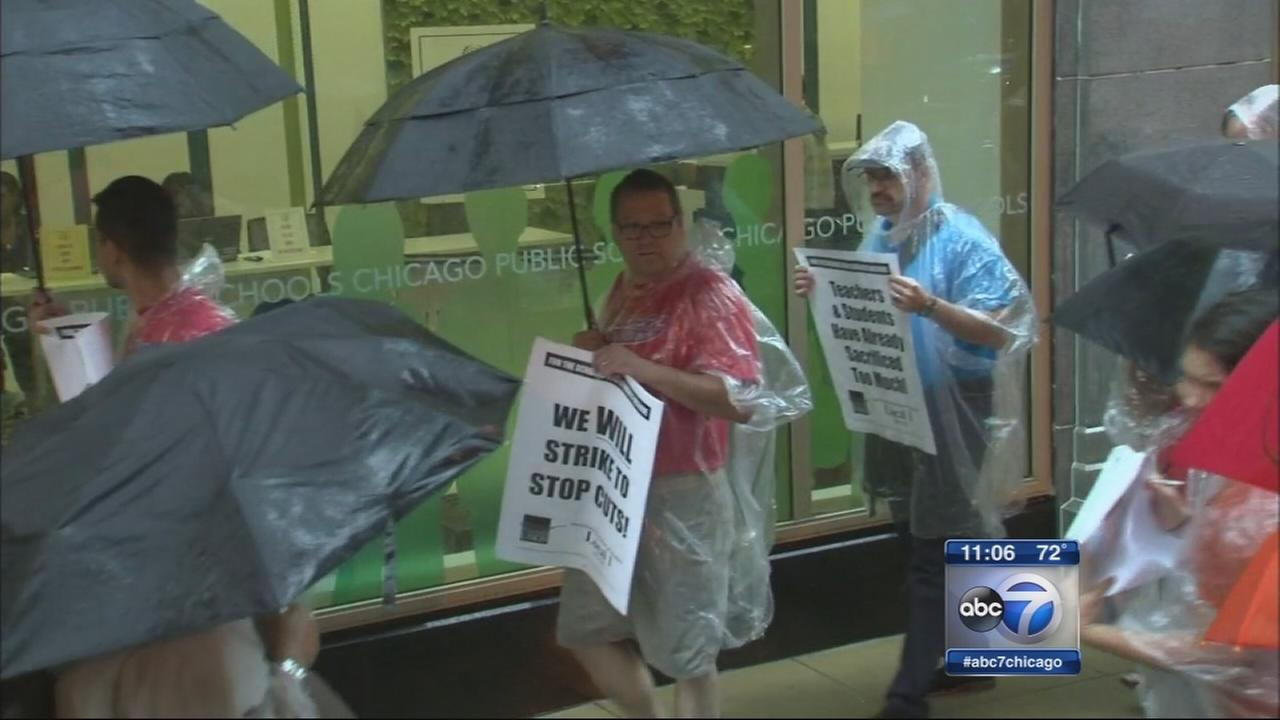 CTU rallies outside CPS budget vote
