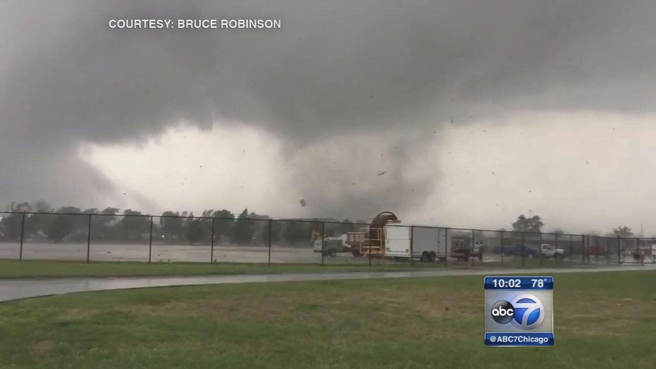 Police: 15-20  injured in central Indiana tornado outbreak