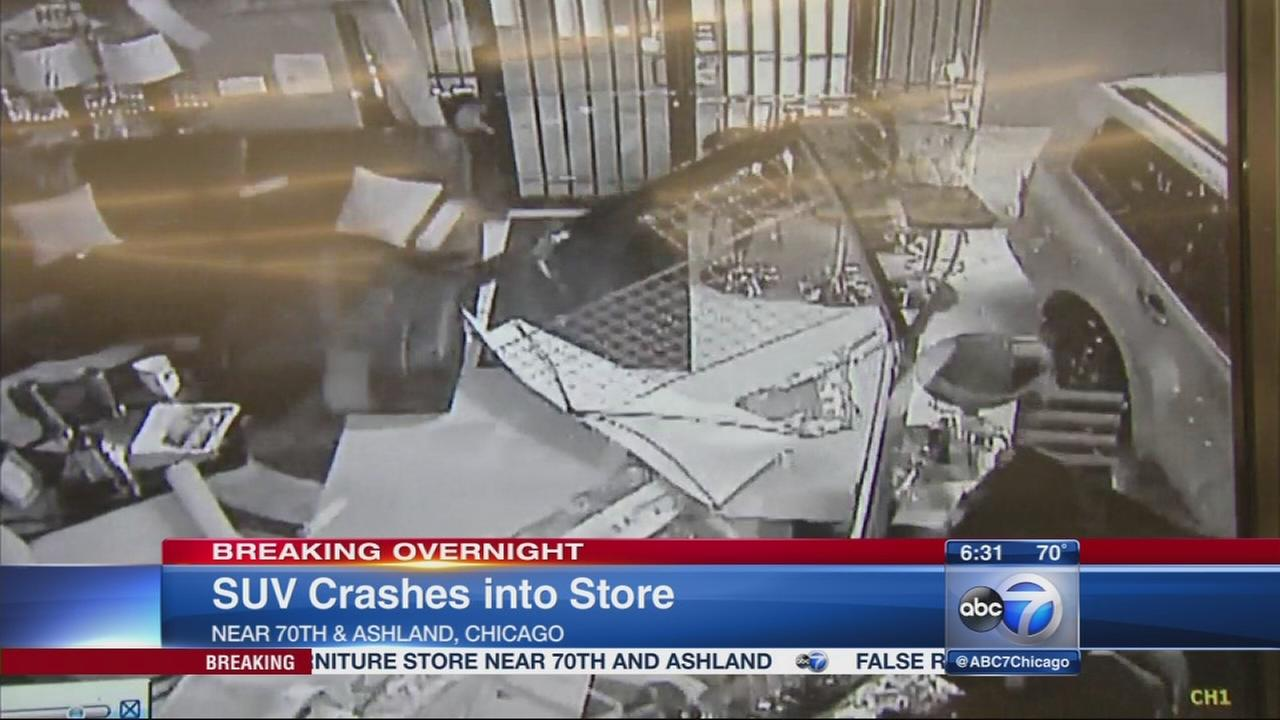 082916-wls-furniture-store-crash6-vid