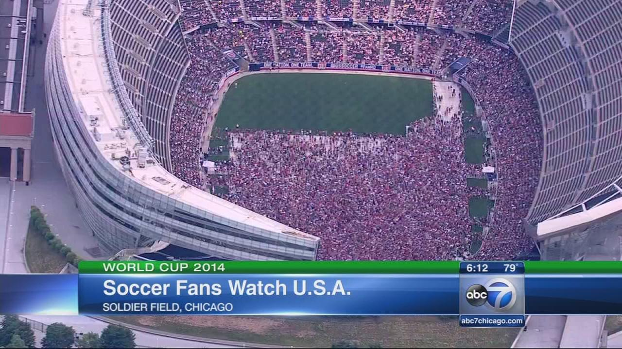 Chicago Fans Watch Usa Vs Belgium From Soldier Field