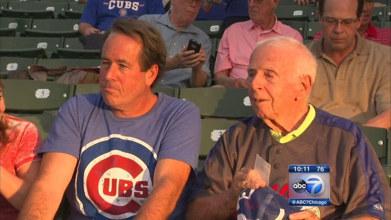 Former Cubs bat boy with Alzheimers returns to Wrigley Field