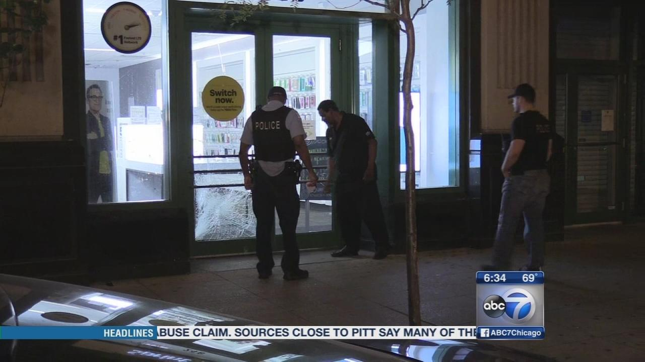 Burglar strikes Sprint store