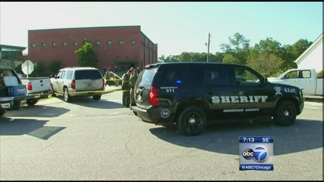 Authorities: School shooter killed father before rampage